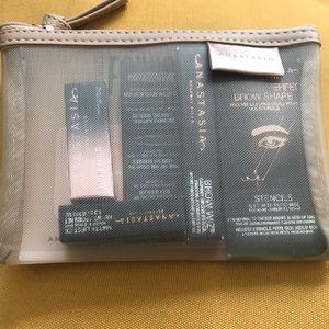 Anastasia Beverly Hills makeup kit